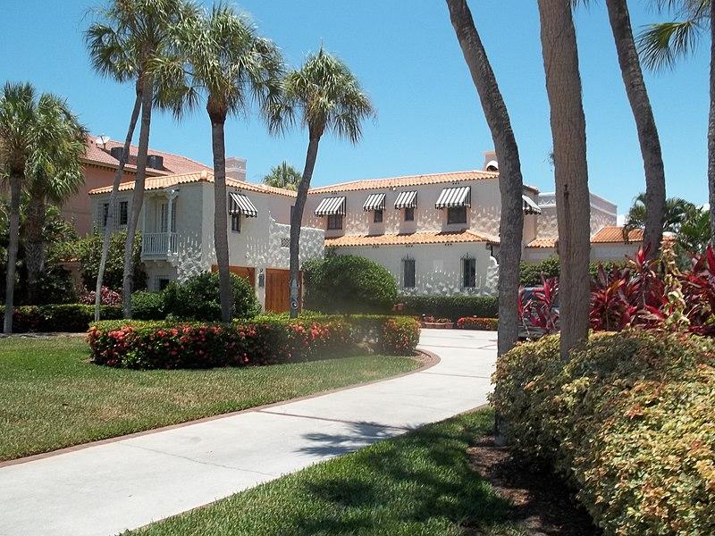 File:Sarasota FL 47 Washington01.jpg