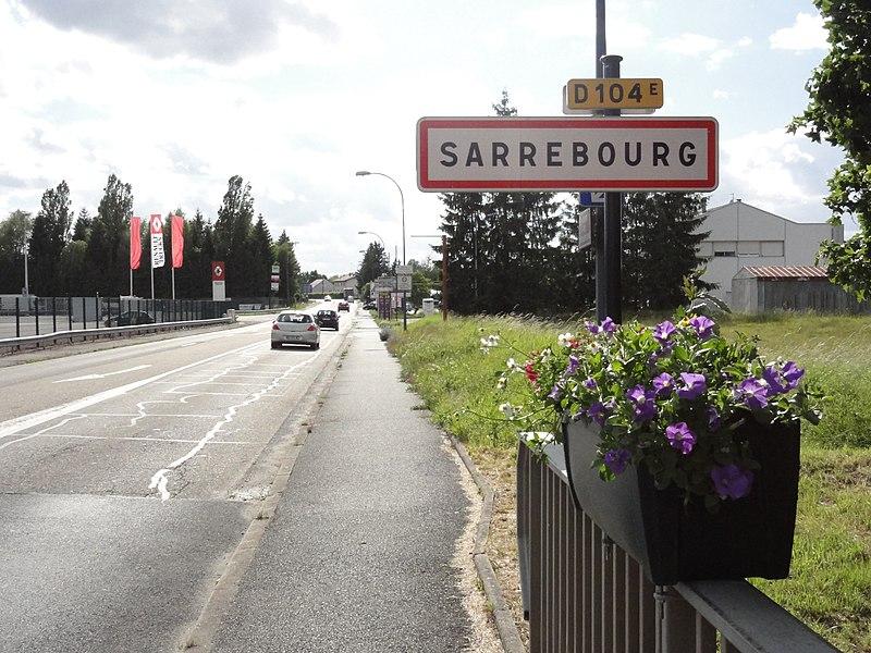 Sarrebourg (Moselle) panneau d'entrée