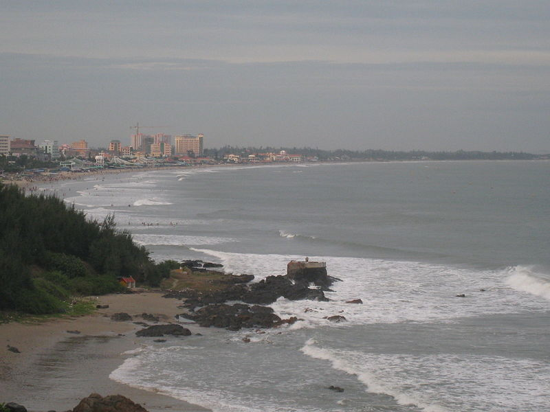 Tap tin:Sau Beach in Vungtau.jpg