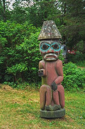 Saxman totem park(js)06.jpg