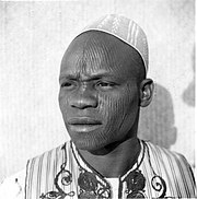 Scarification in Africa in the early 1940s.jpg