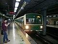Seoul Subway Line 2 서울지하철 2호선 - Flickr - skinnylawyer.jpg
