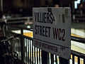 Sign near Charing Cross station (8381493449).jpg