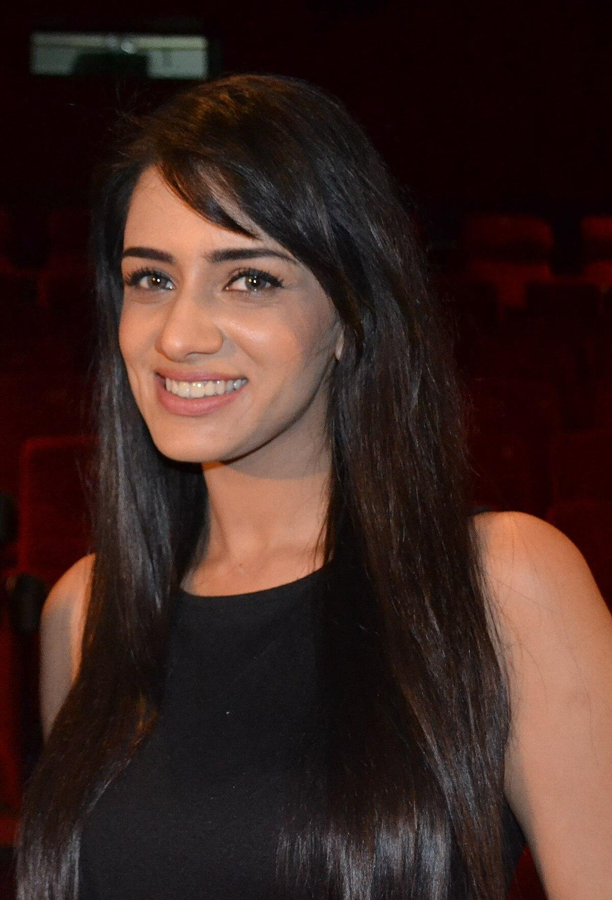 Smriti Khanna - Wikipedia