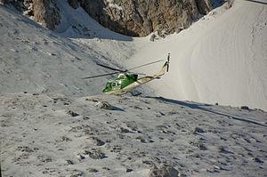 Soccorso alpino CFS CNSAS Terminillo 2012 08.jpg