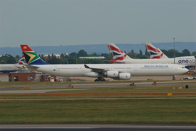 File south african airways airbus a340 600 zs snd lhr 05 for Interieur airbus a340 600