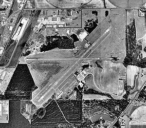 Souther Field - USGS Airphoto 6 Feb 1999.jpg