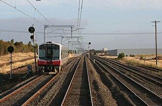 Craigieburn railway line - V/Line Sprinter near Roxburgh Park