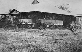 StateLibQld 1 128458 Moura homestead on the Dawson River, Queensland, ca. 1920.jpg