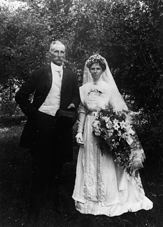 Henry Stevens (Australian politician) - Henry Moreton Stevens and Jessie Mabel Webster's wedding,1911