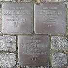 Stolpersteine für Elly, Hans und Simon Heilbrunn