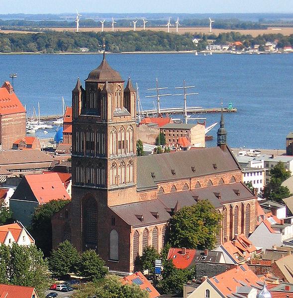 File:Stralsund St Jakobi.jpg - Wikimedia Commons
