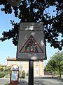 Strano cartello stradale in Calderara di Reno.jpg