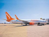 Sunwing-Airlines-Boeing-737-800-20150507-full.jpg