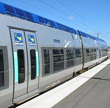 L'Economie Bretonne dans Bretagne 220px-TER_Breizh_train