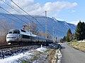 TGV 992 quittant Chambéry pour Le Havre en hiver (2018).JPG