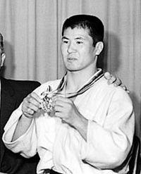 Takehide Nakatani 1964.jpg