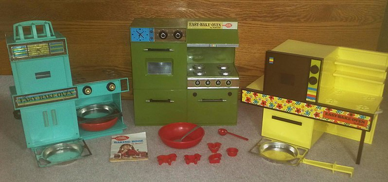 File:The first three versions of the famous Easy-Bake oven.jpg