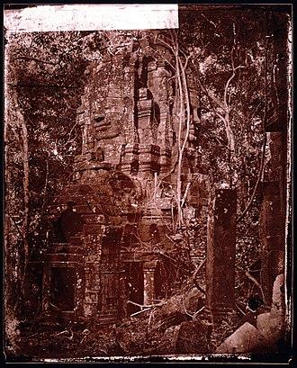 John Thomson (photographer) - Prea Sat Ling Poun, Angkor Wat, 1865