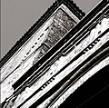 Torre in bianco e nero.jpg