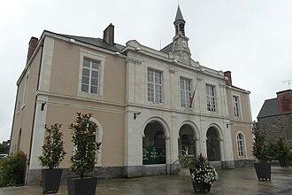 Bain-de-Bretagne - Town hall