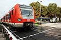 Triebwagen Baureihe 423 S7 Wolfratshausen Ausfahrt aus Bahnhof Pullach im Isartal.JPG