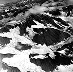 Tyeen Glacier, hanging glaciers, mountain glaciers, and glacial remnents, August 25, 1968 (GLACIERS 5938).jpg