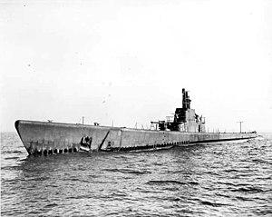 USS Redfin;0827230