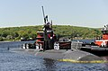 US Navy 090521-N-8467N-001 The Los Angeles-class fast-attack submarine USS Hartford (SSN 768) makes her way back to Submarine Base New London after a month-long surface transit from Bahrain.jpg
