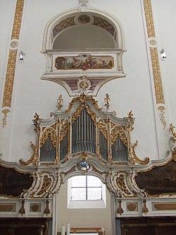 Ursberg Klosterkirche Chororgel.jpg