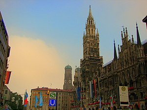 Marienplatz - View of the Neues Rathaus and Frauenkirche looking westward.