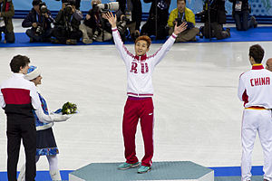 Viktor An - Ahn at the Men's 500 metres short track podium