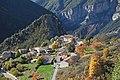 Vue automnale du village de Lieuche depuis la deuxième colline du nord-ouest.jpg