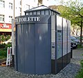 WALL-CityToilette1-Mutter Erde fec.jpg