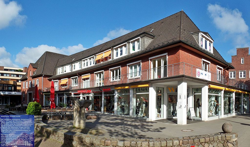 File:Wandsbek, Hamburg, Germany - panoramio (108) jpg