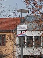 Warning sign on lamp post, Szent István square, 2018 Újpest.jpg