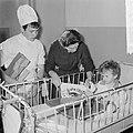 Wereldspaardag, feest in het Emmakinderziekenhuis te Amsterdam, Bestanddeelnr 914-4558.jpg