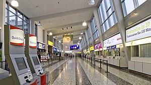 Wien 30 Flughafen Wien Terminal 2 a.jpg