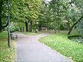 Wilanów - Sarkofag ku czci St.Kostki Potockiego i kamień Izabeli - 03.jpg