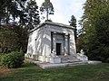 Woodlawn Cemetery Bronx 009.jpg