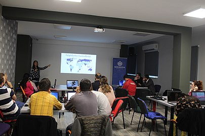 Workshop at Wikimedia Armenia office for Yerevan KASA Fondation Humanitaire Suisse, 4 April 2018 01.jpg