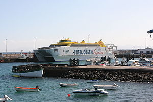 Yaiza Playa Blanca - Port - Bocayna Express (Avenida Maritima) 01 ies.jpg