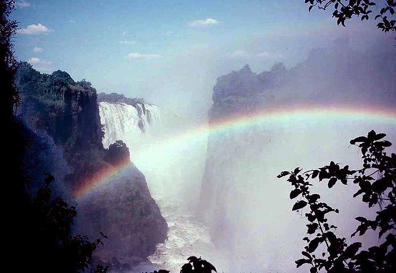 File:Zimbabwe - Victoria Falls (8683565).jpg