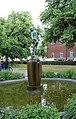 Ängelholm, Statue im Stadtpark.JPG