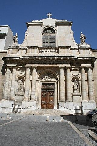 http://upload.wikimedia.org/wikipedia/commons/thumb/c/c8/%C3%89glise_Saint-Cannat_%C3%A0_Marseille%2C_fa%C3%A7ade.JPG/320px-%C3%89glise_Saint-Cannat_%C3%A0_Marseille%2C_fa%C3%A7ade.JPG