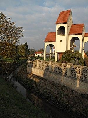 Gmina Leśnica - Image: Łąki Kozielskie, zvonice