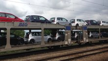 File:?koda cars being transported by rail at Kutná Hora m?sto train station, Czech Republic - 20140710.ogv