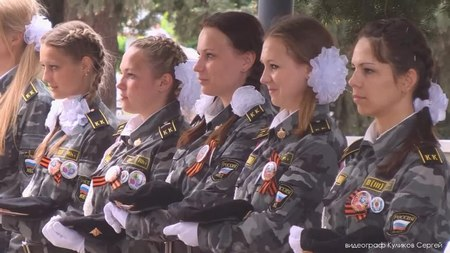File:День Победы 67 город Грязи.webm