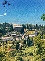 Новый Афон. Вид на площадь героев с иверской горы.jpg