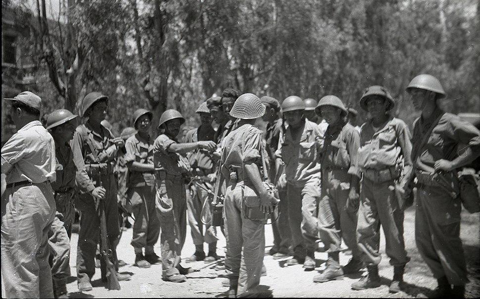 צריפין סרפנד כיבוש הבסיס 1948 2 צלם בנו רותנברג גנזך המדינה